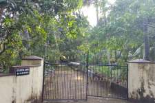 1.65 acre land with a 4bhk house at mangad, kannur