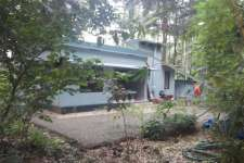 50 cent land with 3 bed room house   thottumukkom near by mukkom  kozhikode dt