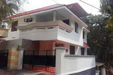 New independent, semifurnishd, duplex, 4BHK (2500sq.ft) Covered parking (2 cars)& Modular kitchen